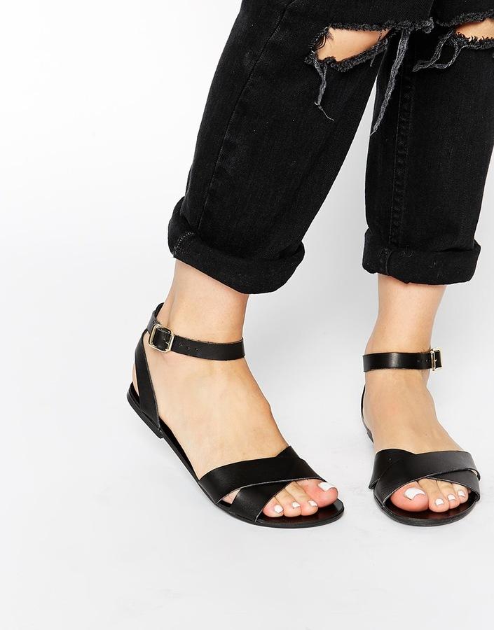 ... Pieces Black Leather Sara Flat Sandals ...