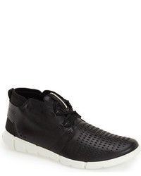 Intrinsic sneaker medium 669714