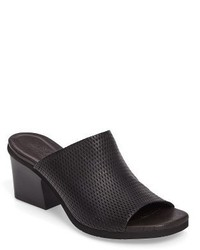 Udora perforated mule medium 1248285