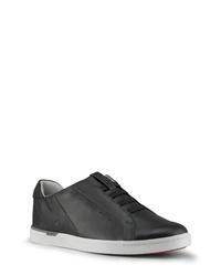 KIZIK New York Slip On Sneaker