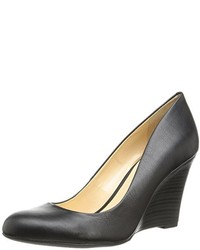 Jessica Simpson Cash Wedge Pump