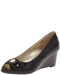 Tommy Hilfiger Dollie Wedge Pump