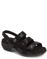 Pc wedge sandal medium 3682305