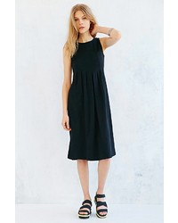 Silence & Noise Silence Noise Pleated Midi Dress
