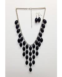 Isac Black Statet Necklace