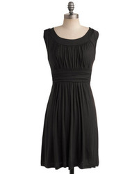 Black Pleated Casual Dress