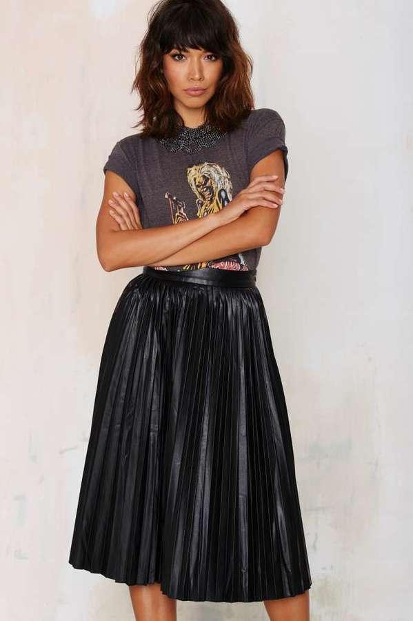 Nasty Gal Factory Bleecker Pleated Midi Skirt   Where to buy & how ...