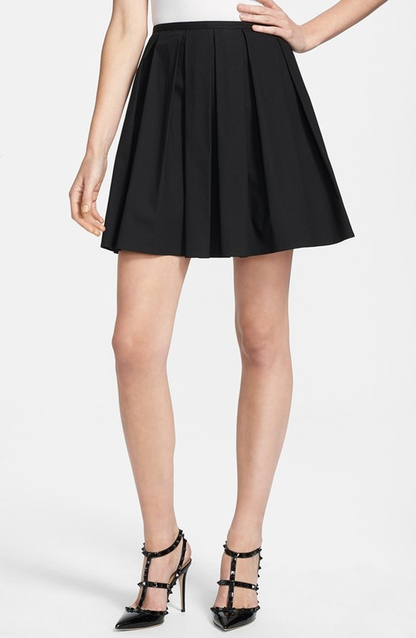 black pleated mini skirt valentino pleated stretch