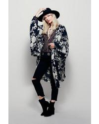 Amuse Society Cecilia Printed Kimono