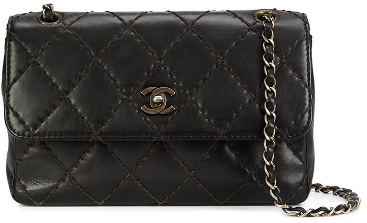 56a352c00590 ... Leather Crossbody Bags Chanel Vintage Medium Quilted Shoulder Bag