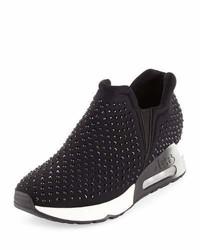 Lifting crystal slip on sneaker medium 949683
