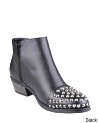 Refresh Lucas 01 Studded Toe Ankle Boots