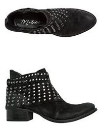 Matisse Reno Studded Ankle Boot