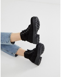 New Look Lace Up Chunky Flat Boot In Black