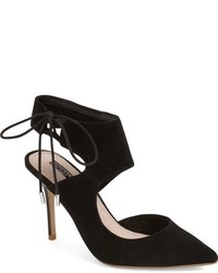 Topshop Gallery Pointy Toe Pump
