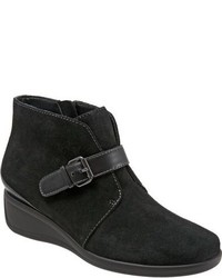 Mindy wedge bootie medium 827155
