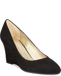 Bandolino Yana Wedge Pumps