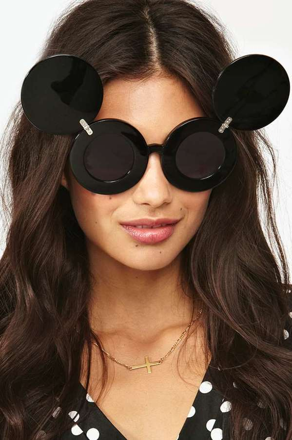 67fcd4de0f4 ... Black Sunglasses Nasty Gal Jeremy Scott X Linda Farrow Mickey Shades ...