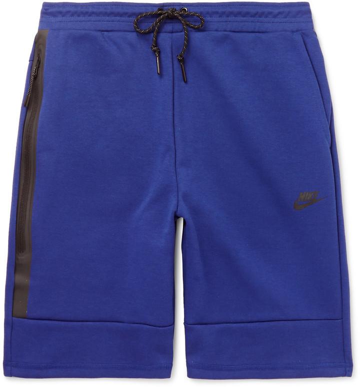 nike shorts tech fleece