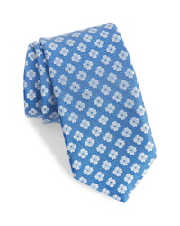 David Donahue Medallion Pattern Silk Tie