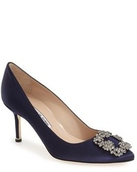 Manolo Blahnik Hangisi Pointy Toe Pump