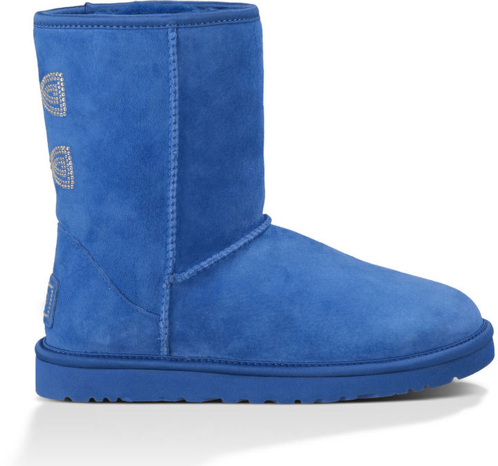 short blue uggs