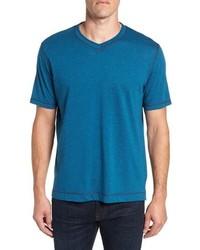 Robert Graham Traveler V Neck T Shirt