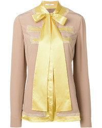Blusa de seda marrón claro de Givenchy