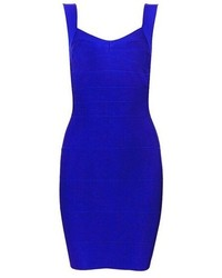 Marry a v-neck pullover with a bodycon dress for a glam and trendy getup.