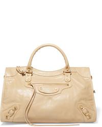 Bolsa tote de cuero con relieve marrón claro de Balenciaga