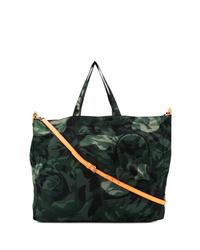 Bolsa tote de lona de camuflaje verde oscuro de Alexander McQueen