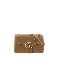 Bolso bandolera de ante marrón de Gucci