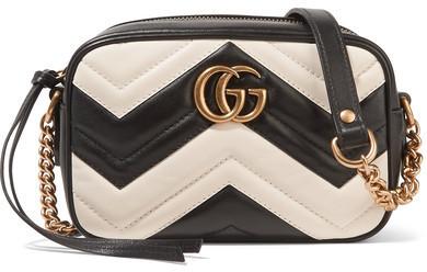 Bolso bandolera de cuero acolchado negro de Gucci  dónde comprar y ... 31f0ad6447