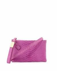 dea521b0f79 ... Bolso bandolera de cuero con print de serpiente rosa de Foley + Corinna