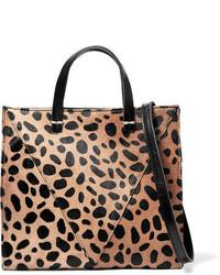 Bolso bandolera de cuero de leopardo marrón claro de Clare Vivier