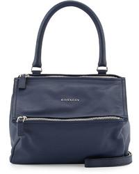Bolso de cuero azul marino de Givenchy