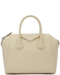 Bolso en beige de Givenchy