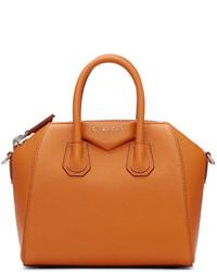 Bolso naranja de Givenchy