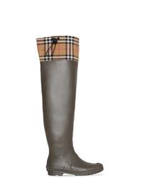 Botas de lluvia en marrón oscuro de Burberry