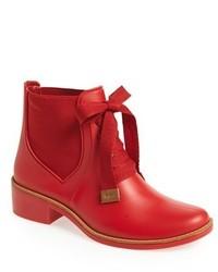 Botas de lluvia rojas de Bernardo