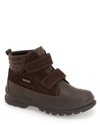 Botas en marrón oscuro