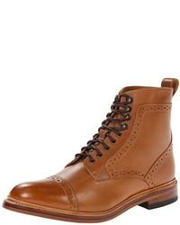 Botas formales de cuero marrón claro
