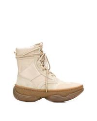 Botas planas con cordones de cuero en beige de Alexander Wang