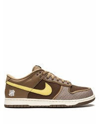 Nike X Undefeated Dunk Low Sp Canteen Sneakers