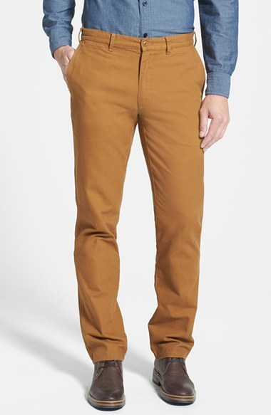 how to wear brown chinos