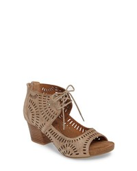 Sofft Modesto Perforated Sandal