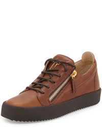 Leather low top sneaker light brown medium 589879