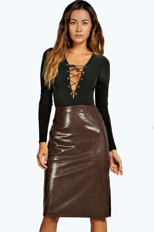 Boohoo Rosina Leather Look Snake Skirt | Where to buy & how to wear