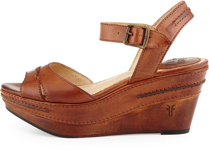 b8984c20bf055 Frye Carlie Seam Leather Wedge Sandal Cognac