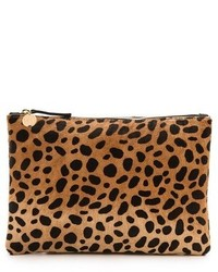 Clare v leopard flat haircalf clutch medium 210116